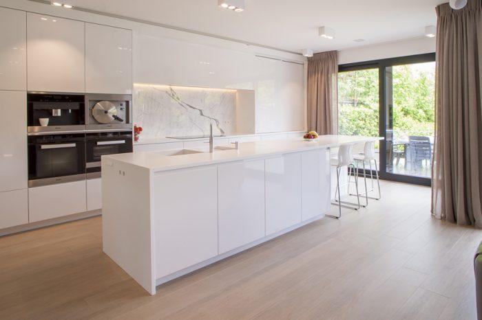 Marmer moderne keuken - Keuken wit marmer ...