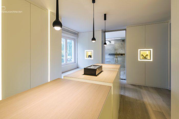 Modern Interieur Dressing op maat | Meubelmakerij Ceulemans Lier
